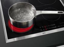 Table de cuisson vitrocéramique 60cm 4 foyers Noir cadre Inox - AEG Réf. HK654850XB